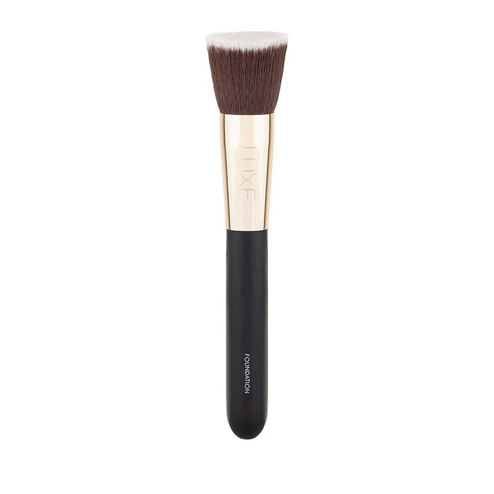 Glo minerals Luxe Foundation Brush