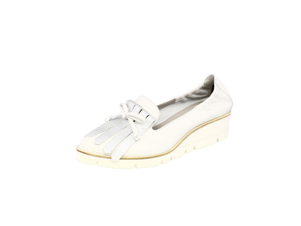 Kennel & Schmenger Doro Slip On Wedge Pumps in White Silver