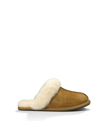 Ugg Scuffette II Slipper in Chestnut