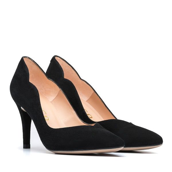 Unisa Tronos High Heel in Black
