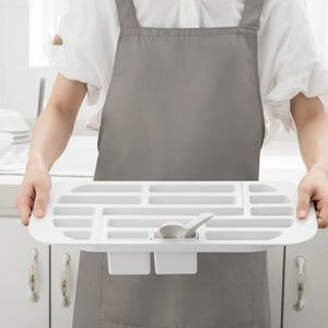 Freely Retractable Kitchen Shelf