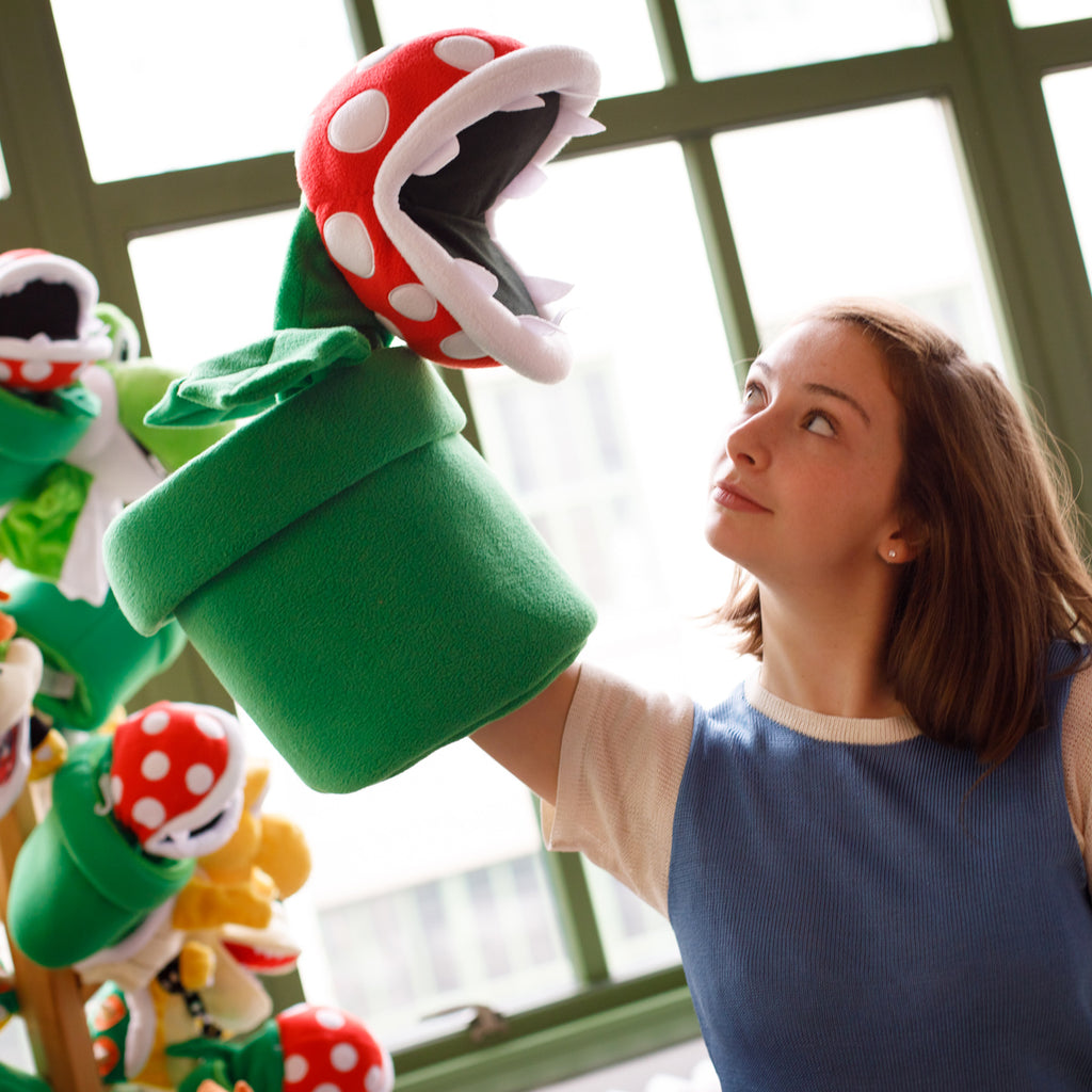 Gigantic Piranha Plant Puppet (with a model)