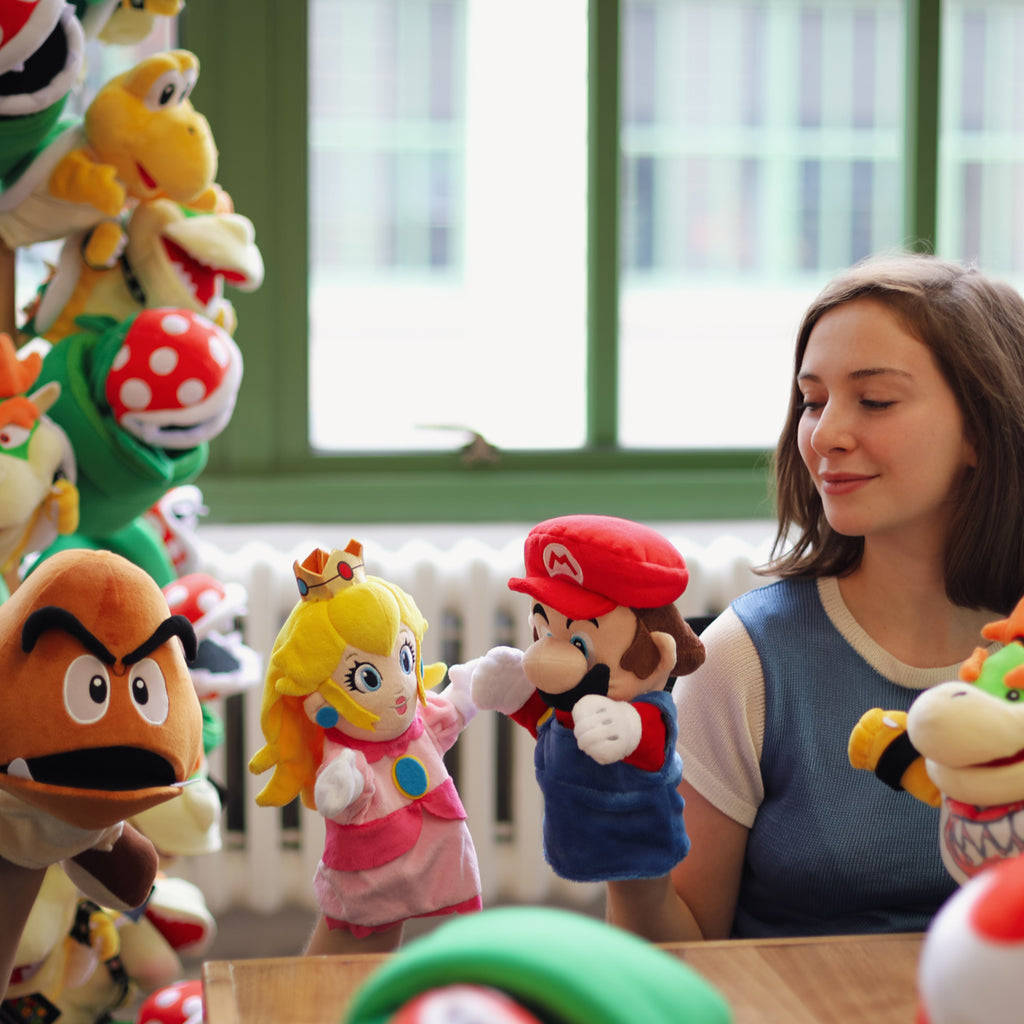 NIntendo: Super Mario Bros - official puppets