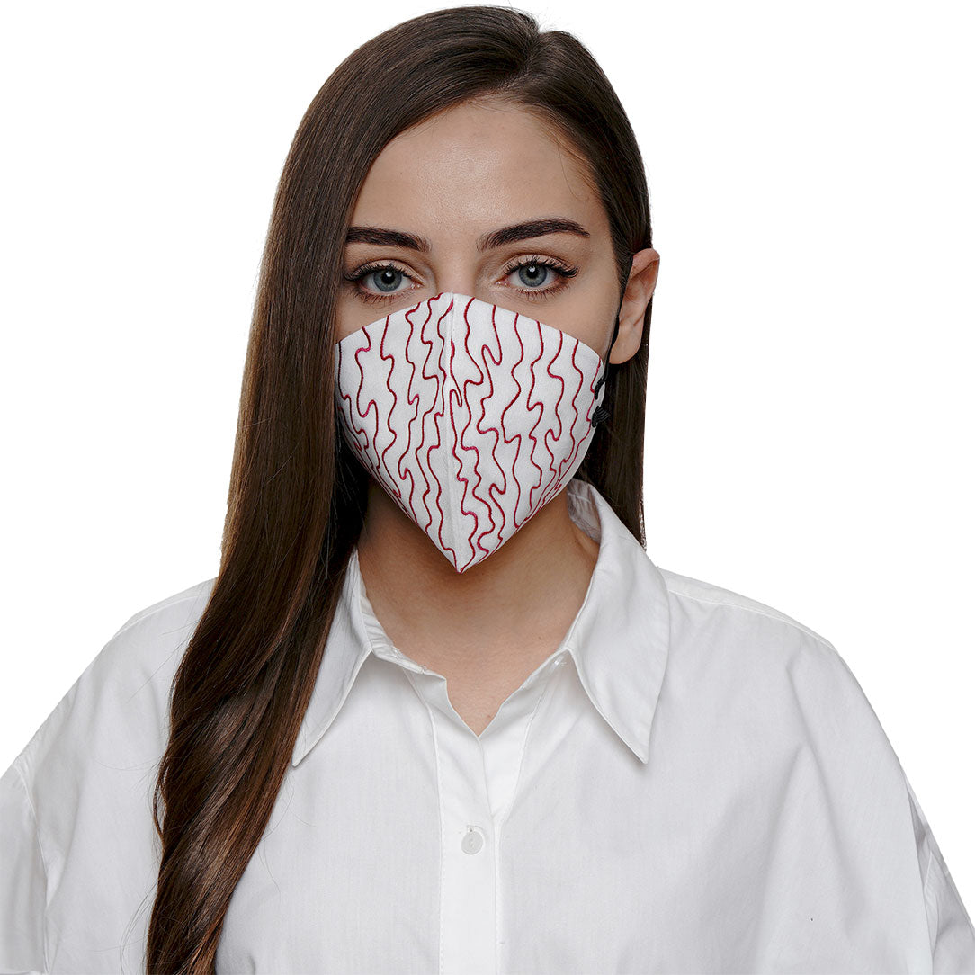 Blanco Embroidered Mask