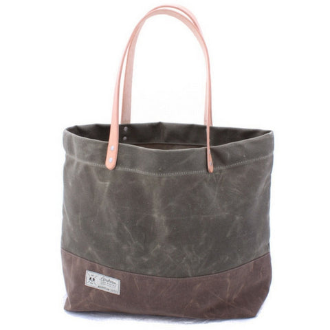 "Airstream ""Rivet Waxed Canvas Tote Bag"" - NEW! - Airstream Brands"