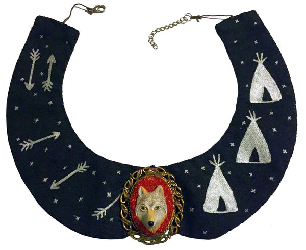 Peter Pan Collar - Wolf