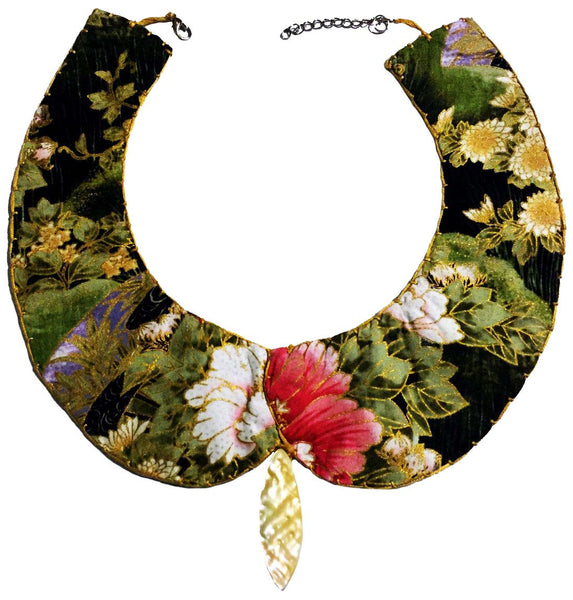 Peter Pan Collar - Golden Flowers