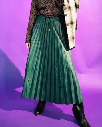 PLEATED LEATHER SKIRT WITH CORDS ON WAIST - GREEN