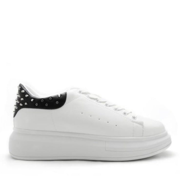 WHITE SNEAKER WITH STUDDED BLACK HIND HEEL