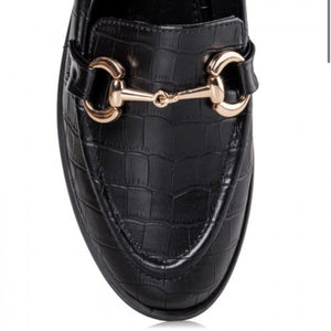 LOAFERS WITH GOLD BUCKLE