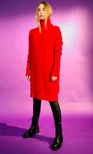 TURTLENECK KNIT DRESS WITH KNOT DESIGNS - RED