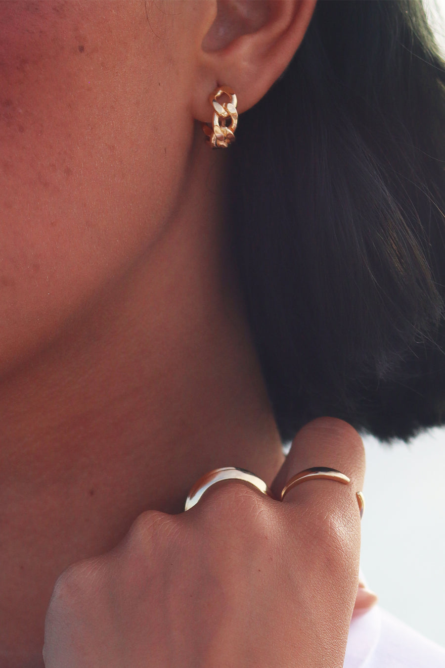 CUBAN MINI HOOP EARRING