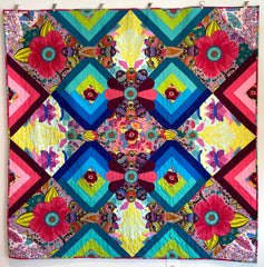 Cadence Quilt by Denise Martin on view at Seamless Gallery, Phoenixville, PA.