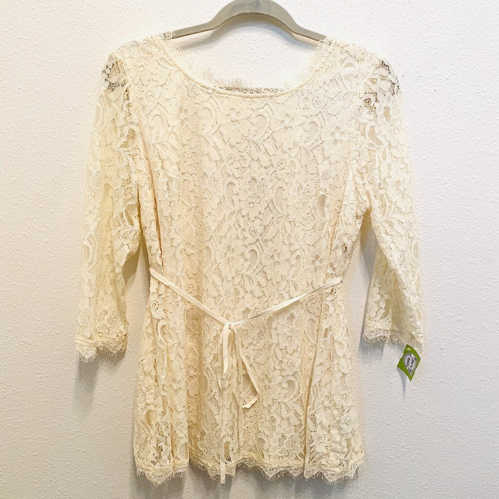 L: Cream Lace Top