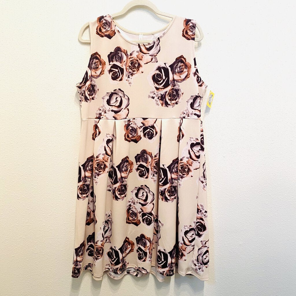 XL: Purple Floral Pleat Front Dress
