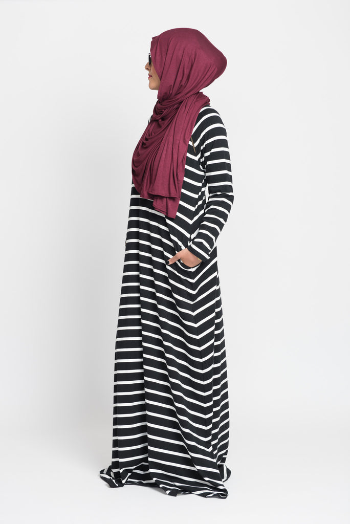 Black and White Stripe Double Zip Abaya