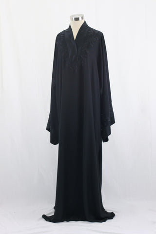 Black Beauty Abaya