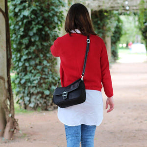 cork shoulder bag, purse, in black cork, vegan handbags