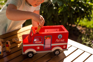 Magnetic Pet Vet Truck