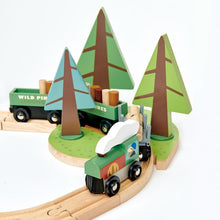 Load image into Gallery viewer, Wild Pines Train Set