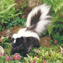 Load image into Gallery viewer, Skunk Puppet