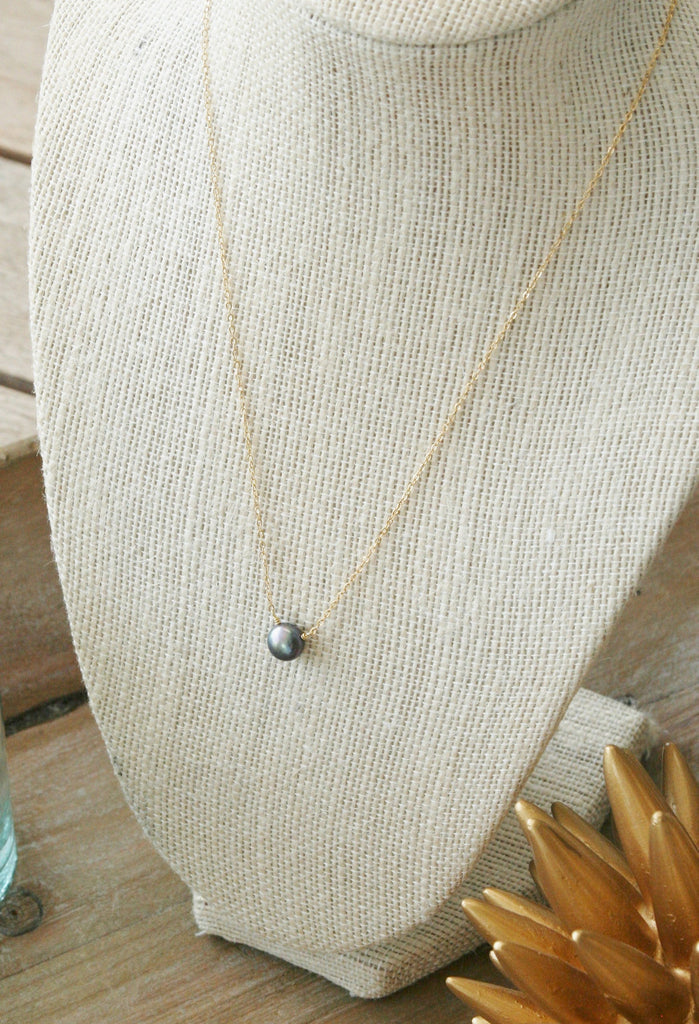 Small Black Coin Pearl Necklace