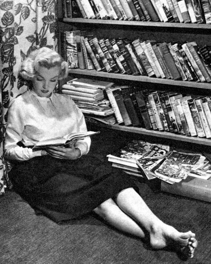 Marilyn Monroe a Feminist and Intellectual | Vignettly