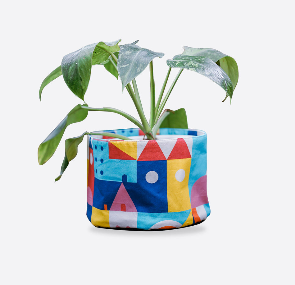Planter Series - Lucky Cla