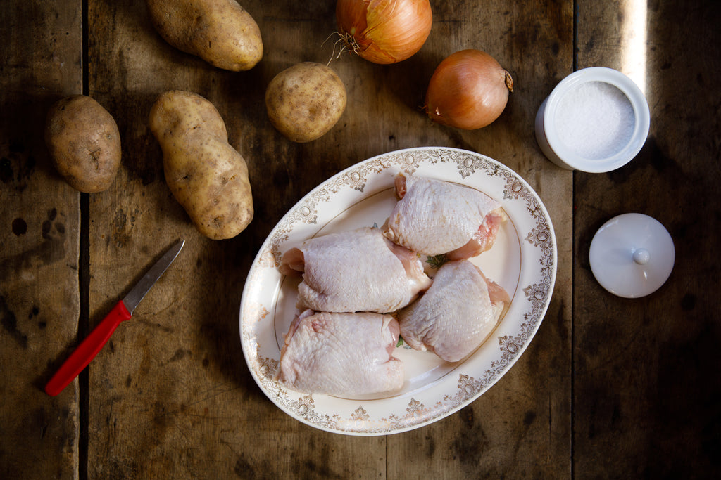 Chicken Thighs - Common Wealth Poultry