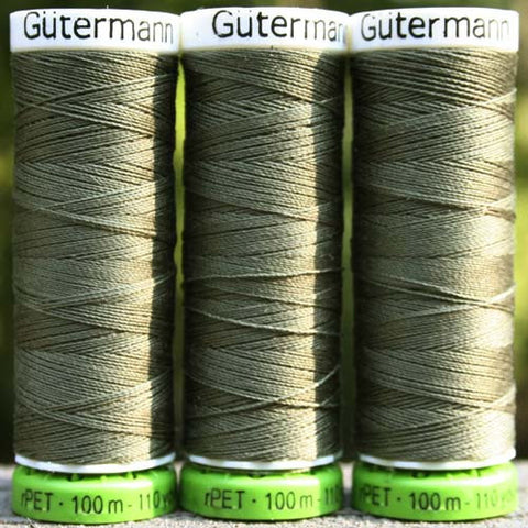 Recycled Polyester Thread 30-824 Green Bay