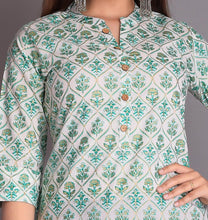 Load image into Gallery viewer, Green Straight Kurta For Women's