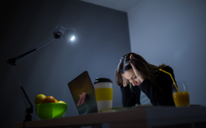 The Link Between Blue Light and Migraines