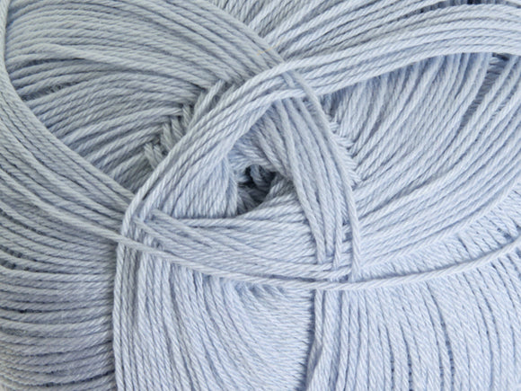 Ashford Mackenzie 4ply Merino 100gm - Powder Blue