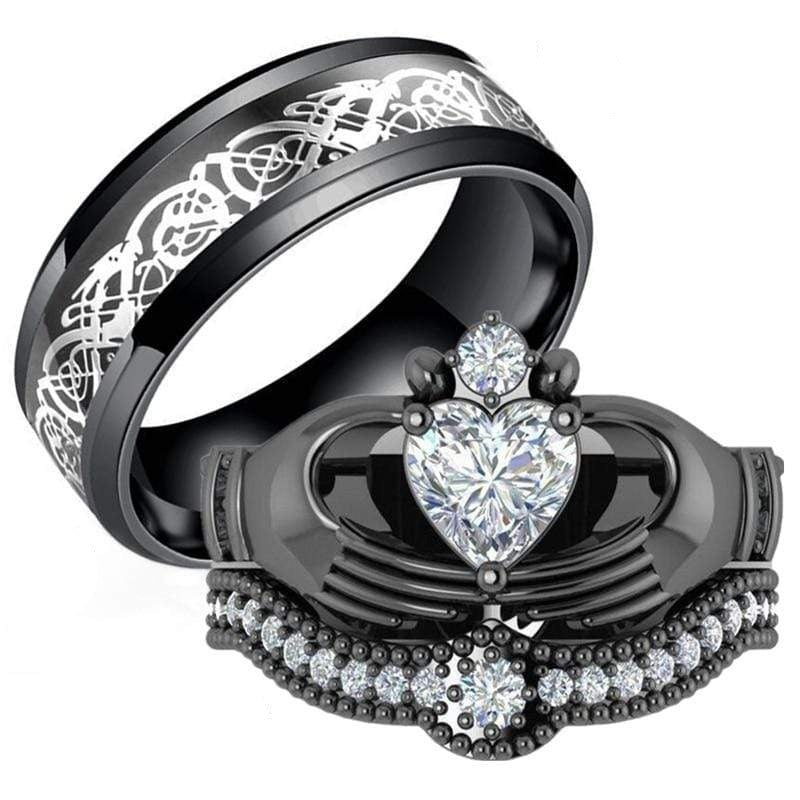 Black color couple rings Heart design