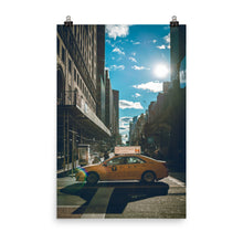 Laden Sie das Bild in den Galerie-Viewer, New York SunnyStreet Premium Poster (East Coast Edition)