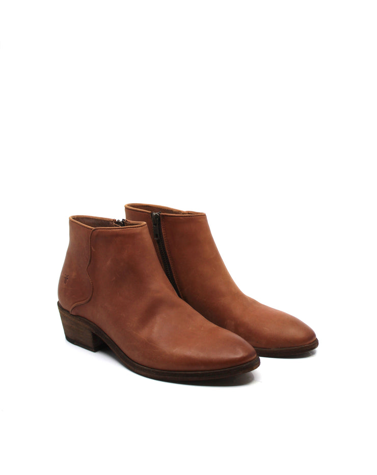 Frye Carson Piping Bootie Cognac - Dear Lucy