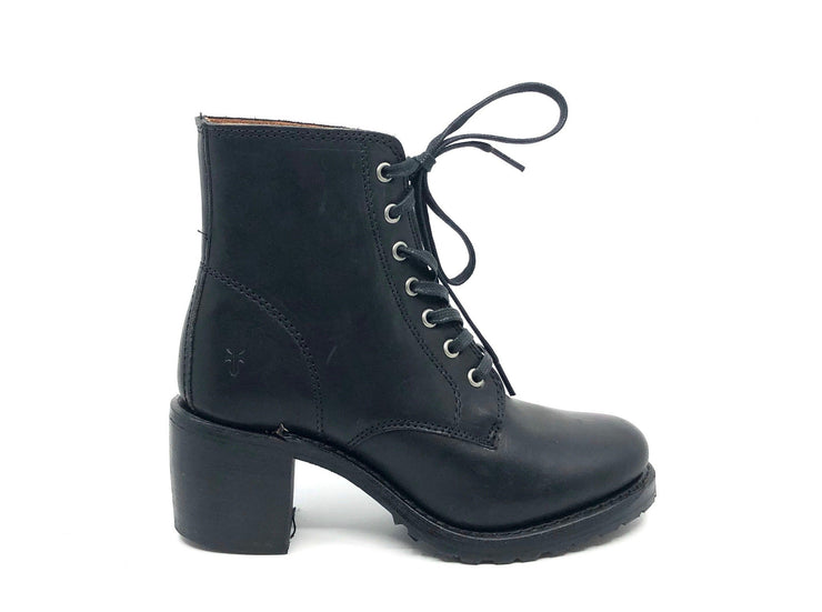 Frye Sabrina 6G Lace Up Black - Dear Lucy