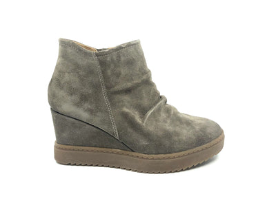 Sofft Siri Taupe Suede - Dear Lucy