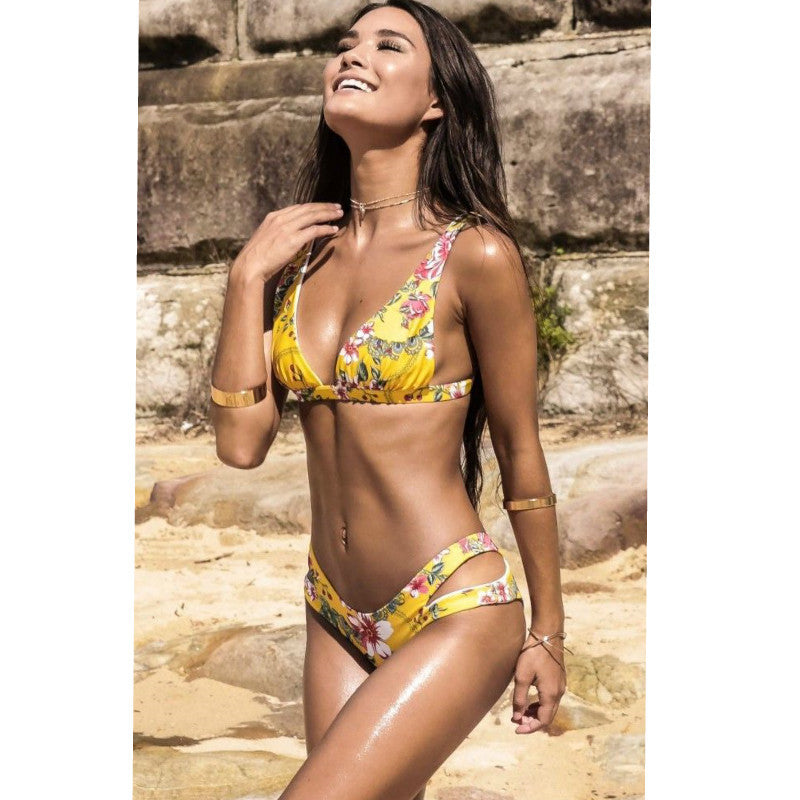 Cute Low Waist Floral Print Padded Bikini Set