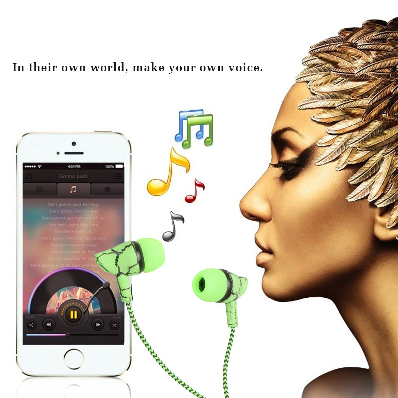 3.5mm Jack Earphone Wired Headset Super Bass Hands-Free Earphone With Microphone