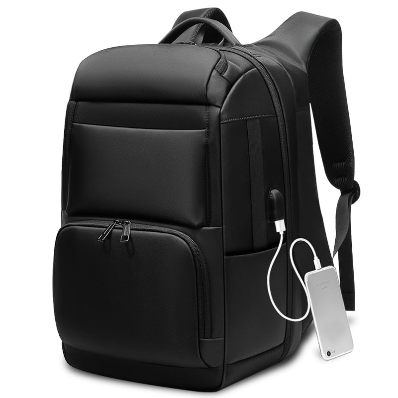 Multifunction Large Capacity 17.3 inch Men Backpack With USB Charging Port