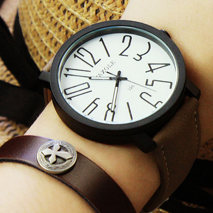 Simple Quartz Women Wristwatch