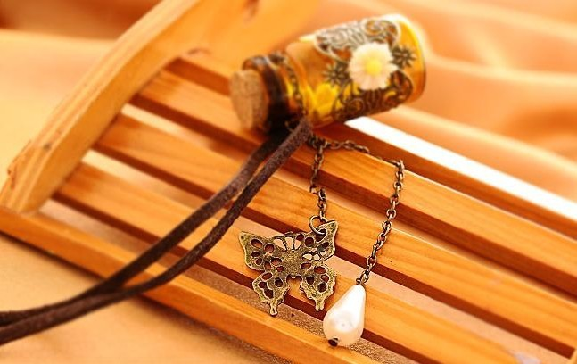 Carved Long Leather Cord Pendants Cork Wishing Bottle