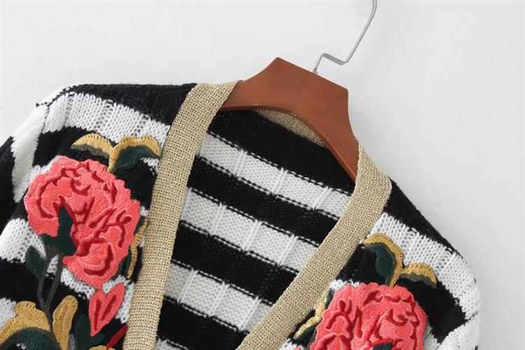 Fashion Long Sleeve Deep-V Single-Breasted Loose Striped Appliques Cardigan