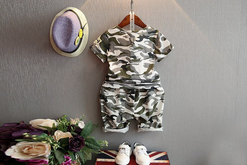 Camouflage Cartoon Printed Cotton Short Sleeve T-Shirt  & Shorts For Boys