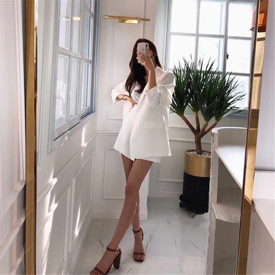 Single Button Loose Solid Color Thin Women's White Suit With Shorts