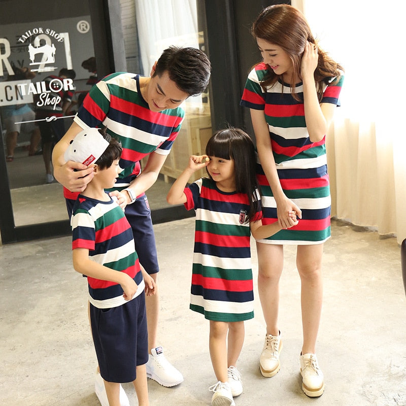 Short-Sleeve Cotton Family Look Outfit