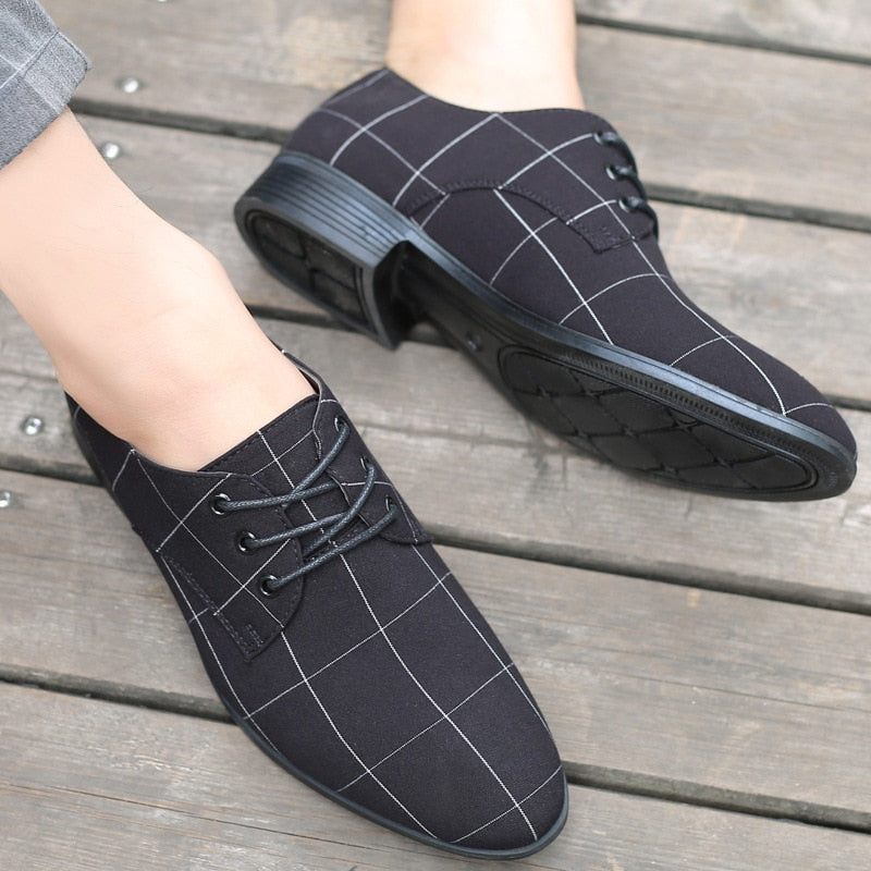 Plus Size Pointed Toe England Style Men's Dress Shoes