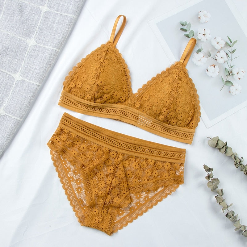 Ultrathin Seamless Lace Padded Bra & Brief Sets