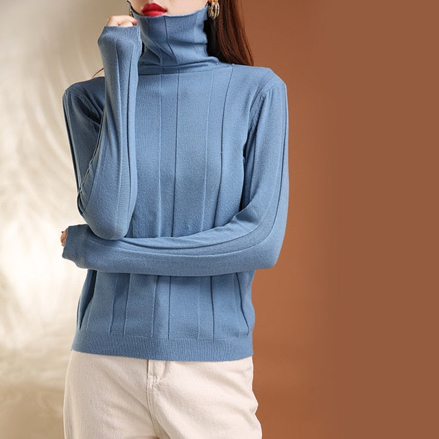 Curled O-Neck Solid Long Sleeve Knitted Women's Sweater